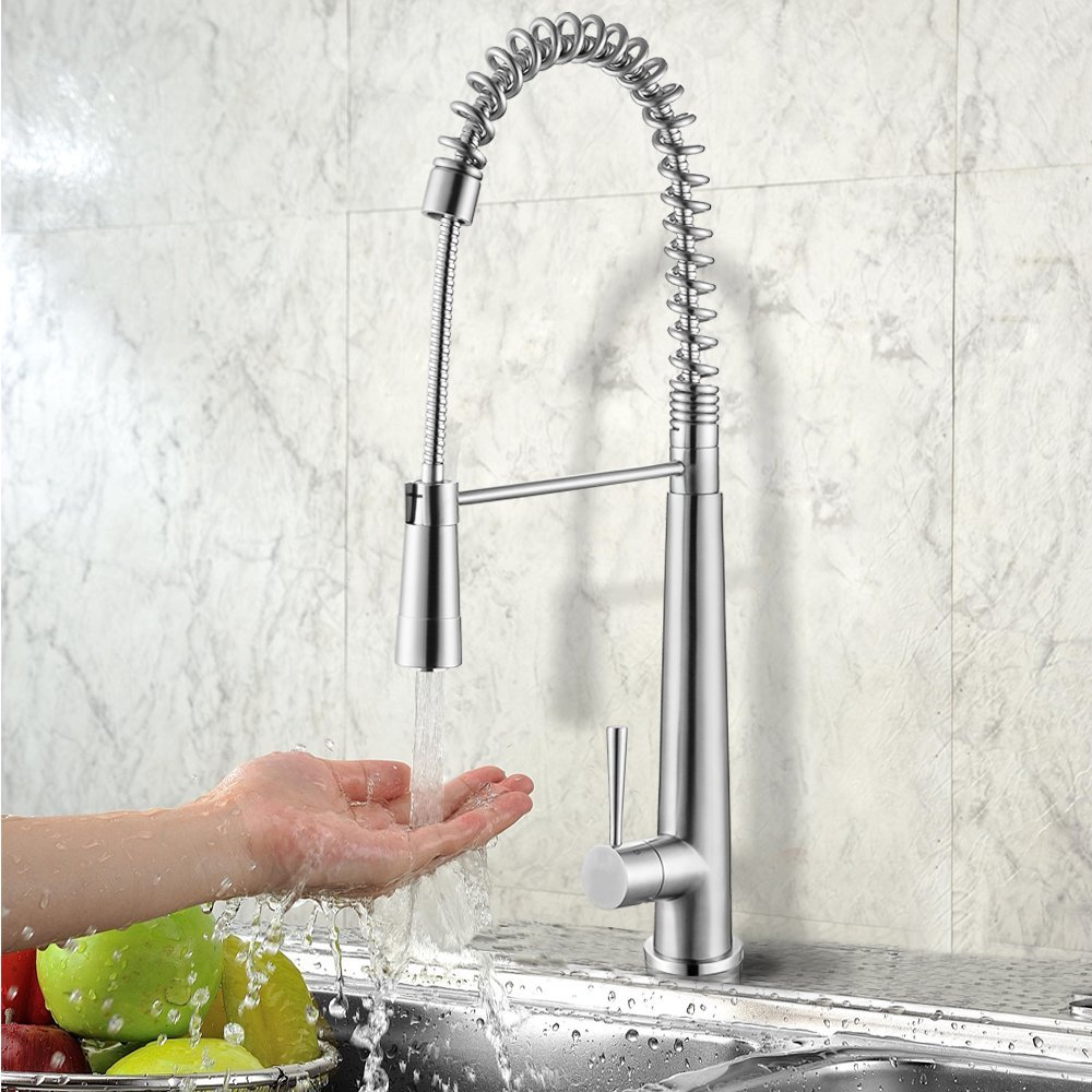 Water Faucet - Pull Out or Pull Down Which Faucet Is Best For Your Kitchen