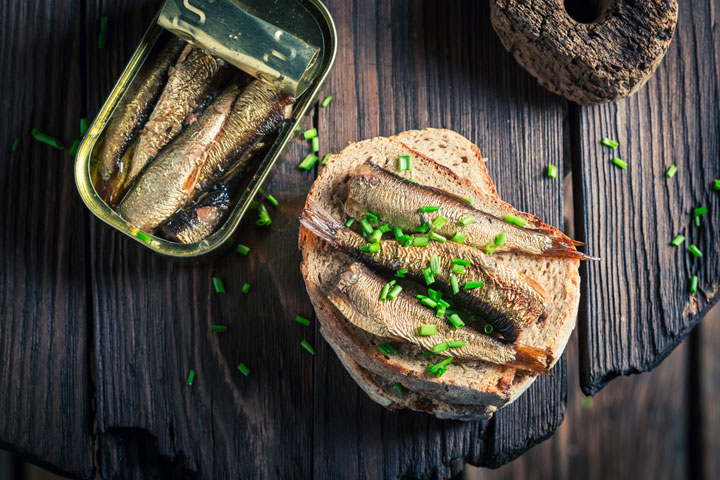 Sardines with Bread