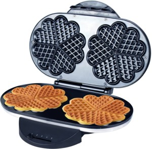 ZZ Heart Non-stick Waffle Maker